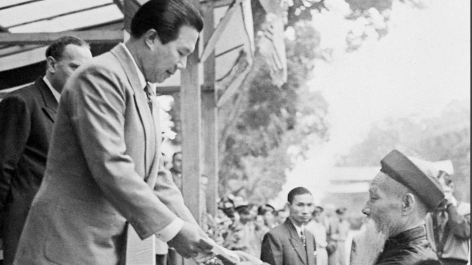 Sau năm 1945 Cựu Hoàng Bảo Đại đã tham chính ở Bắc và Nam Việt Nam nhưng sau sang Pháp cư trú