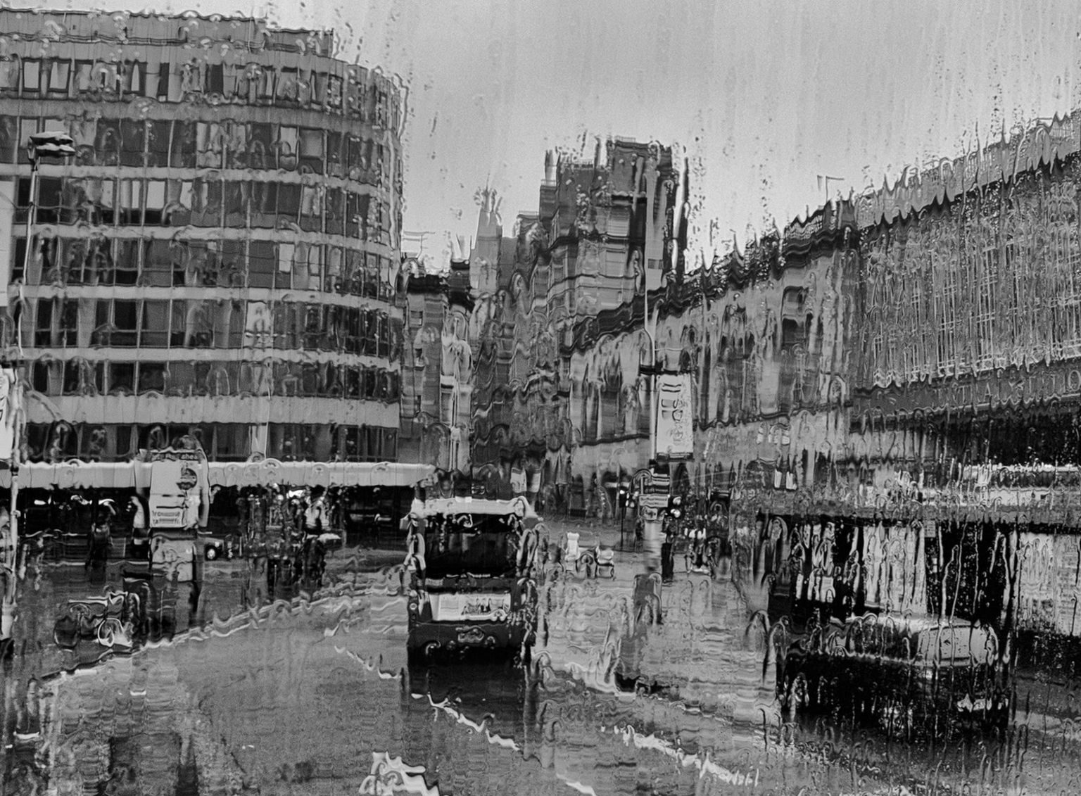 Sudden Downpour, Glasgow
