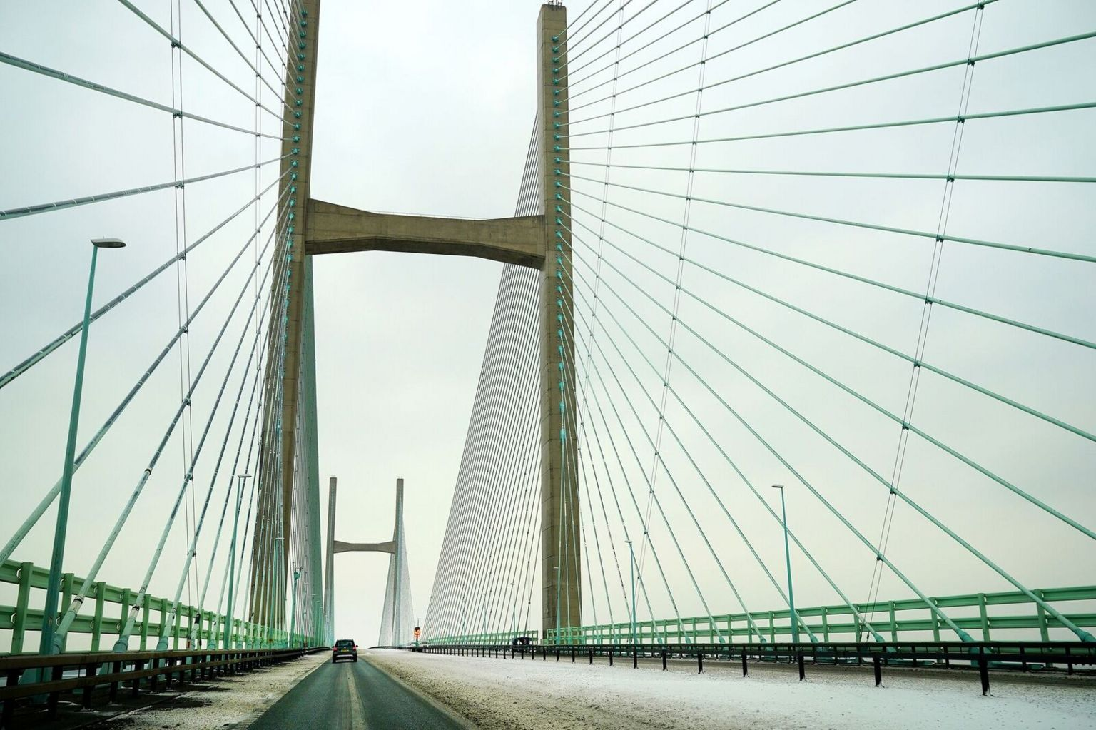 Snow on the Prince of Wales Bridge during the 'Beast from the East' storm