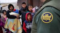 Migrants arriving at US border in El Paso