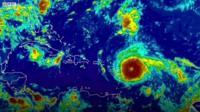 """Мощнейший за последнее десятилетие ураган """"Ирма"""" движется на Карибы и США"""