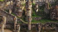 Masks at Song Peilun's castle