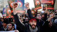 Protests outside Saudi embassy in Tehran