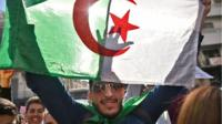 Algerians continue their protests