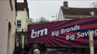 Lorry stuck on a street in Ipswich town centre