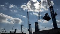 Cranes on the Humber Estruary