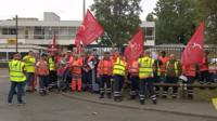 Refuse workers on the picket line