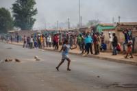Resident waves stick in Joburg