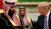 ترامب مازال يدافع عن بن سلمان