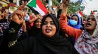 المرأة السودانية كان لها دور بارز في حركة الاحتجاجات