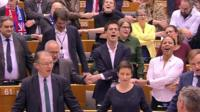 MEPs sing Auld Lang Syne