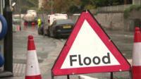 A flood sign