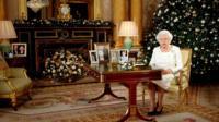 Королева Елизавета II в рождественском обращении вспомнила о терактах в Манчестере и Лондоне.