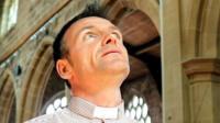 Rev Darren Howie