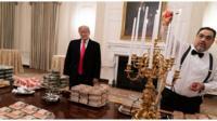 Дональд Трамп готовится к ужину