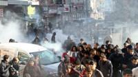 Kurdish protestors clash with Turkish police on 22 December 2015