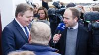 Sigmunder Gunnlaugsson speaks to the media