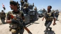 Iraqi army moving into Falluja
