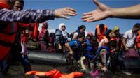 Ex-NATO chief says US should take 100,000 migrants
