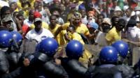 South African police fire stun grenades at student demo