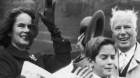 Чарли Чаплин с женой Уной О'Нил и сыном Юджином