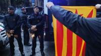 Catalan police inspector: 'We are not politicians. We are policemen'.