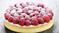 Raspberry sponge cake