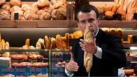 Mr Macron wants baguettes to get Unesco status