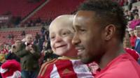 Bradley Lowery with Jermain Defoe