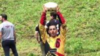 Tips and advice from 22 times cheese rolling champion Chris Anderson.