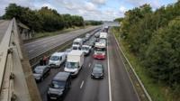 Traffic stuck on M1