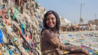 Фотосессия на фоне мусора