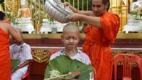 мальчик стрижется в монахи