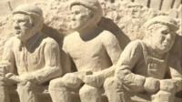 Десятки скульпторов из США, Канады и Сингапура приняли участие в международном конкурсе произведений искусства из песка.