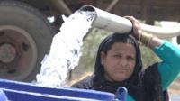 मराठवाड्यात आठवड्यातून एकदाच टँकरचं पाणी मिळतं.