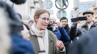 Ксения Собчак в окружении провокаторов
