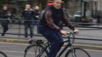 Arnold Schwarzenegger cycles in Edinburgh