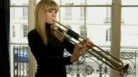 Alison Balsom playing the natural trumpet