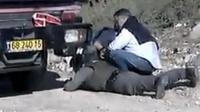 People taking cover in Kiryat Malachi