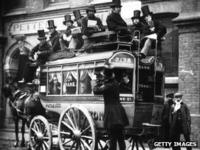 Sulphurous' fumes and class division on Victorian Tube - BBC News