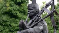 Statue of piper