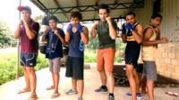 Mark Beaumont with Tonga's boxing hopefuls