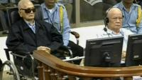 Nuon Chea (left) and Khieu Samphan in court