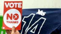 Campaign for 'No' and 'Yes' supporters