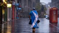 "A dejected ""Yes"" campaigner in an empty Edinburgh street"