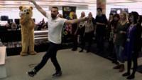 Robin Windsor teaching a dance lesson