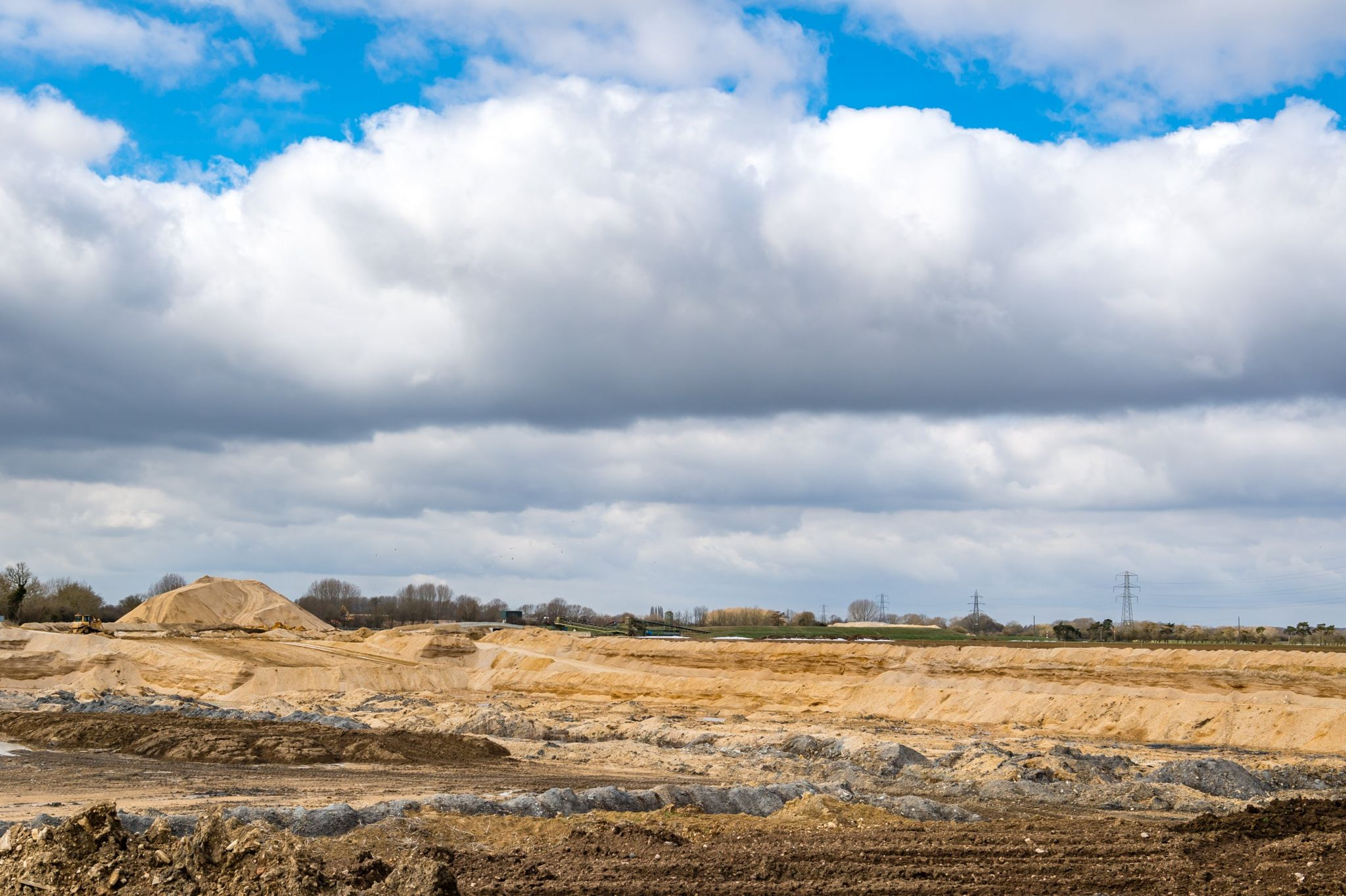 Sand and gravel being extracted at Rushy Common near Witney