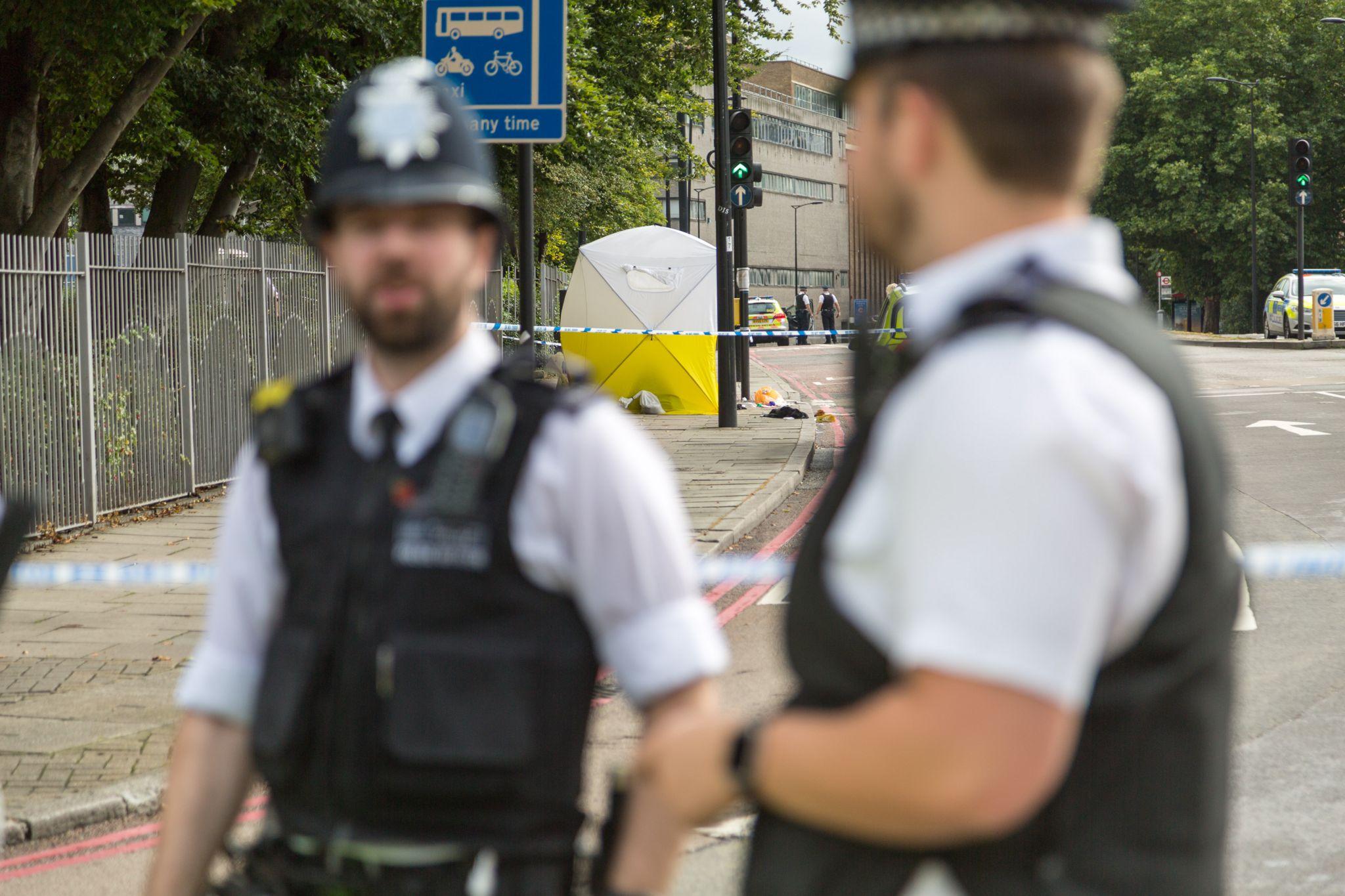 Photo of police at a crime scene