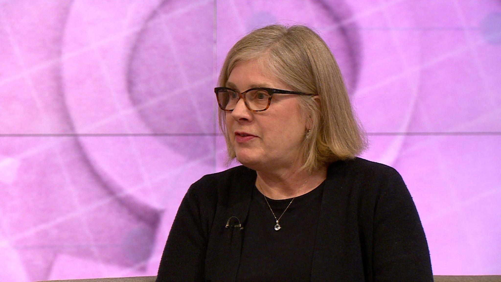 Dr Polly Carmichael