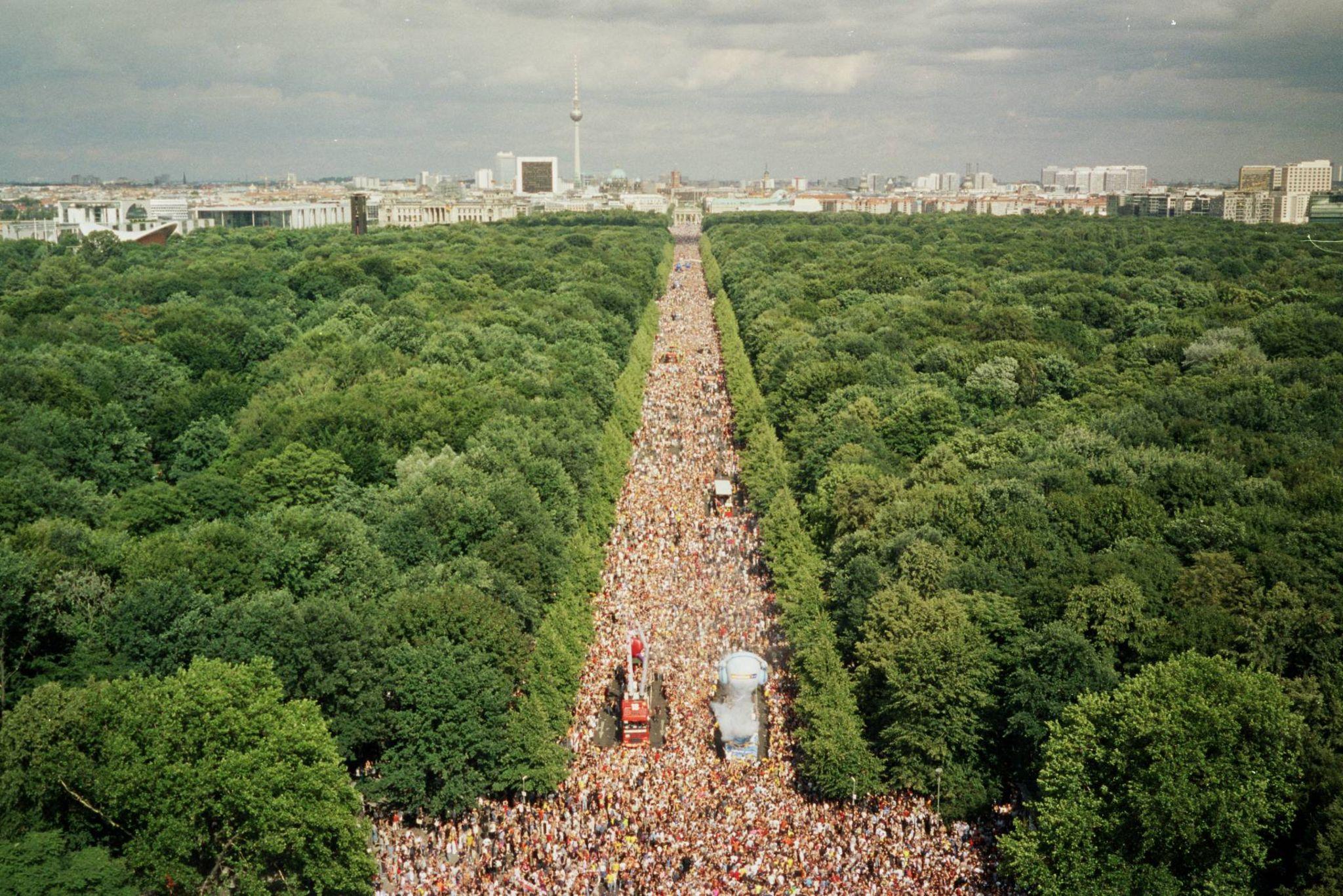 Arial shot of Love Parade 2003 in Berlin